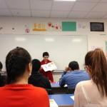 Marion TANYERES en intervention dans une classe d'accueil pour le projet Bienvenue au bahut