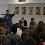 30.03.2015: Fredo des Ogres de Barback et Pierre Perret rencontrent des collégiens de Zebrock au bahut en Seine-et-Marne