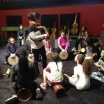 Atelier musiques du monde à la Cité de la musique pour la classe de 6è du collège Painlevé de Sevran (atelier avec Caroline DAPARO)