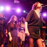 ©Willy Vainqueur: La Bestiole et le club musique du Lycée Julie-Victoire Daubié d'Argenteuil pour les 25 ans d'actions éducatives de Zebrock au Cabaret sauvage